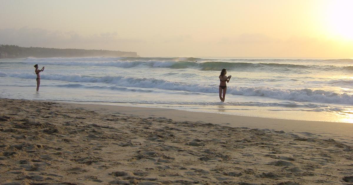 Pantai Cemongkak